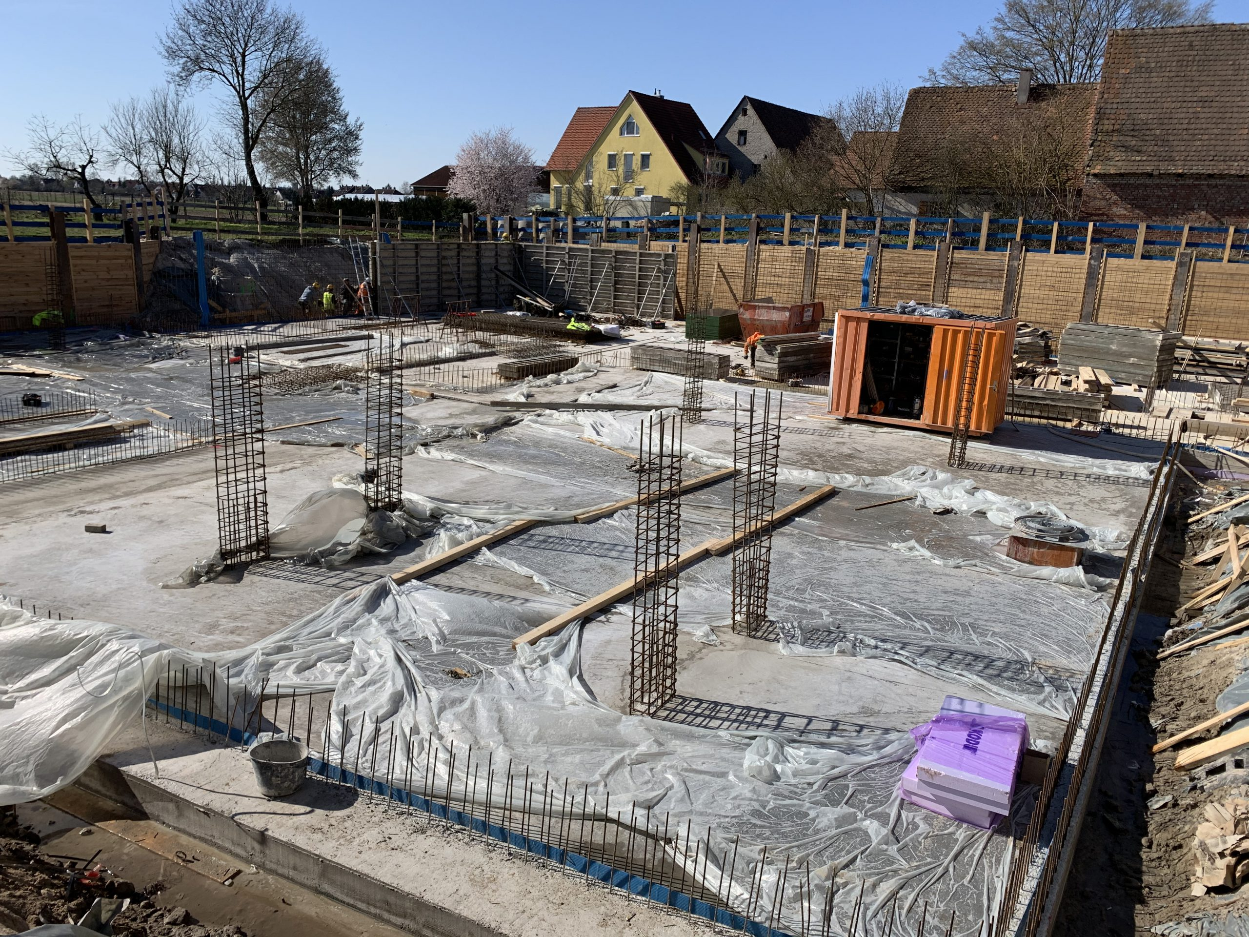 Bodenplatte Reutleser Straße wurde fertiggestellt